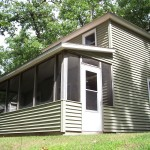 Screened porch Cottage E